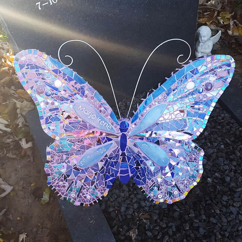 Glas mozaïek vlinder blauw